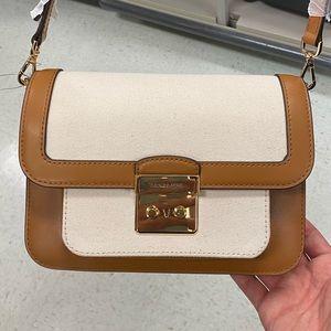 Michael Kors - should bag